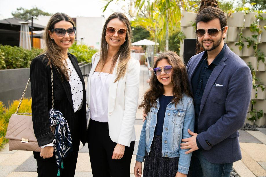 Lídia Maciel e família
