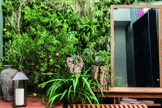 Jardim do Entardecer – Vertical por Myrian Marquez – CASACOR SP 1