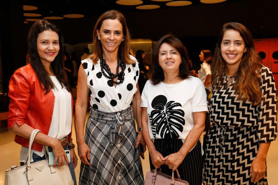 Juliana Couto, Denise Zuba, Sueli Ribeiro e Carol Caixeta