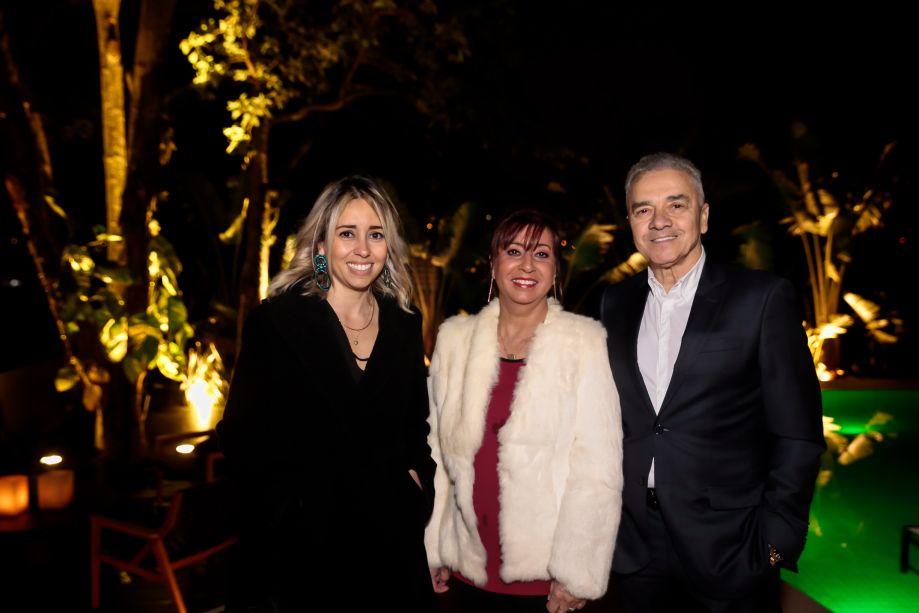 Karina Capaverde, Valdecir Santos e Vera Capaverde
