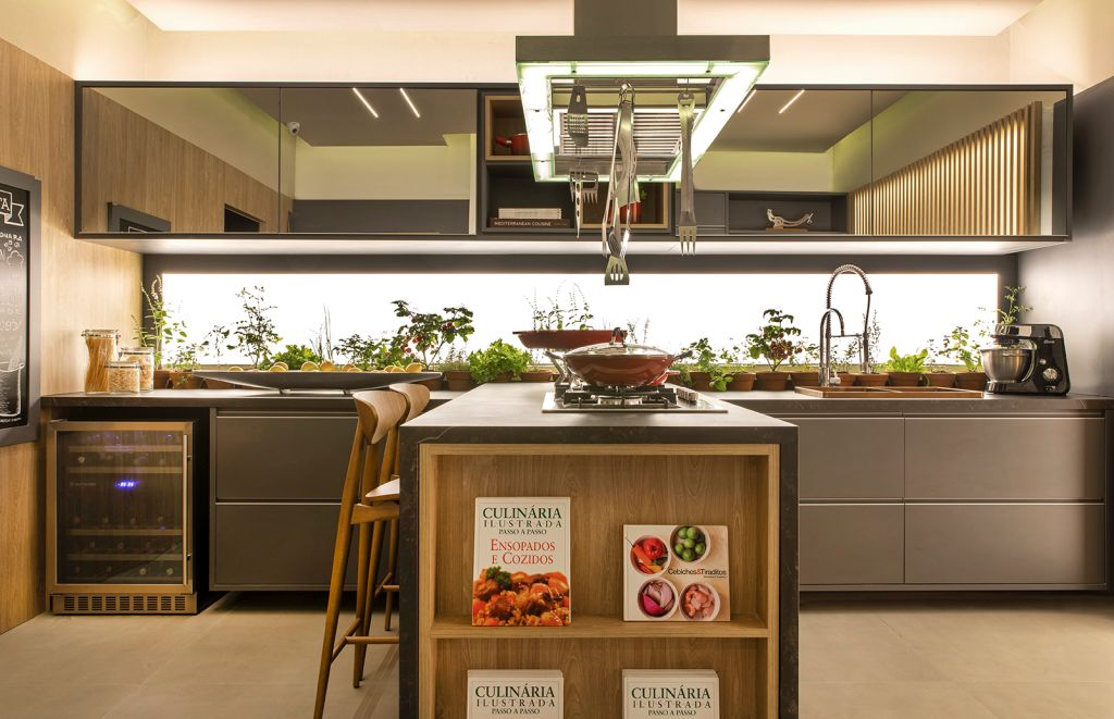 Cozinha do Chef, ambiente de Adriana Canin, Daniela Alves Trovo e Márcia Okamura para a CASACOR Ribeirão Preto