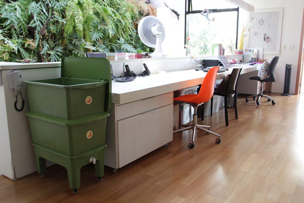 compostagem do lado de escritório