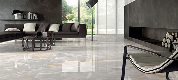 RocaStone – por meio de processos de produção e sinterização, a RocaStone pode oferecer pisos em mármore e outras pedras no formato de lâminas esguias e elegantes.