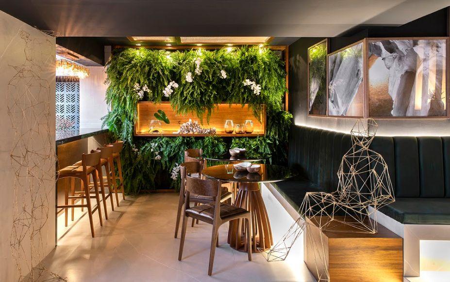 O Marê Café conta com croissants, quiches, cupcakes, brownies além de deliciosos cafés nomeados em homenagem a grandes arquitetos: Lina Bo Bardi e Oscar Niemayer.