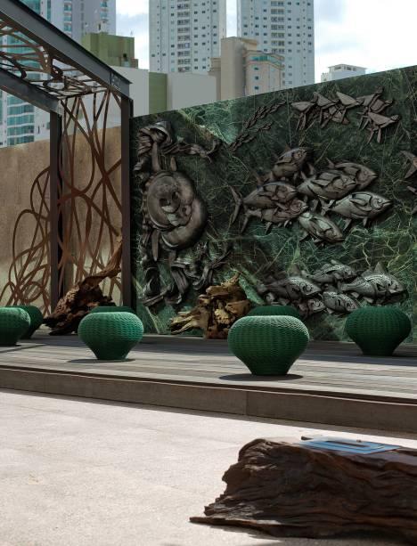Em 2017, a Praça CASACOR, de Juliana Loffi e Rodolpho Guttierrez ganhou o prêmio de Melhor Ambiente de Uso Público, em Balneário Camboriú. Neste ano, assinará sozinha a Suíte Float.