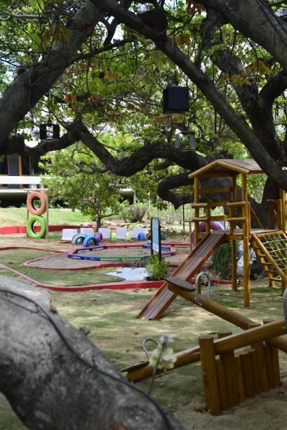 Ambiente Sustentável - Praça Amiga da Criança, de Adelina Feitosa