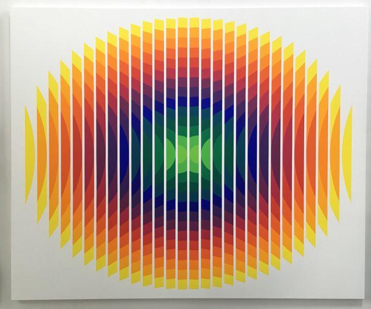Panorama - Obra de Julio Le Parc - Série 14 - 2 Ovale fractionné na Galeria Nara Roesler.