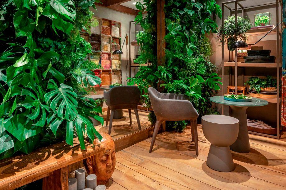 Na Horta Gourmet, os profissionais Carmen Mouro e Sergio Novaes construíram uma horta interna para que os ocupantes possam levar um estilo de vida mais saudável e também mais sustentável. A horta possui vasos de hidroponia, jardim vertical e até mesmo um laboratório de mudas e sementes.