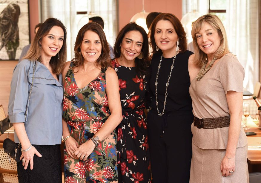 Esther Schattan, Andrea Neves Duarte, Ana Paula Iespa, Simone Orlean e Anette Rivkind.
