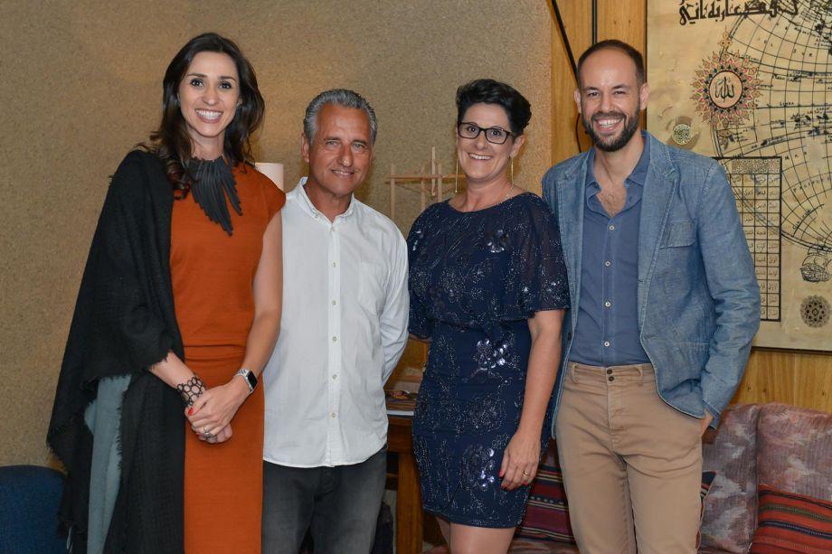 Gerente de franquias da CASACOR, Graziela de Caroli com os diretores e o arquiteto Marcelo Salum