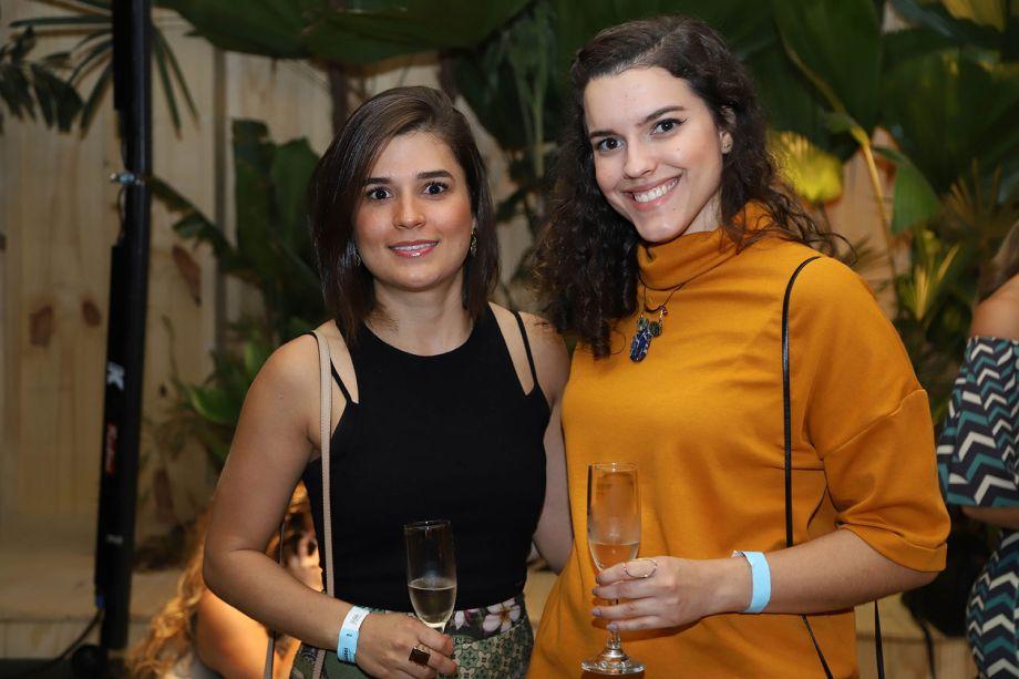 Laiane Sobral e Mariana Mendes