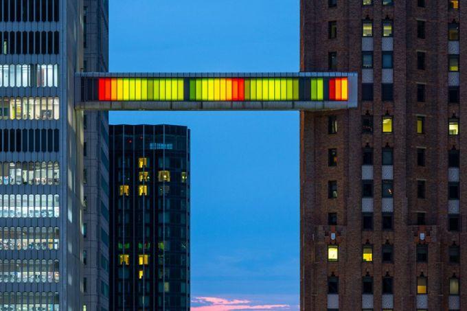 phillip-k-smith-III-detroit-skybridge-michigan-designboom-02