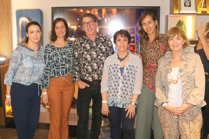 Silvana-Carminati-(presidente-da-ABD),-Suzi-Pires-(diretora-da-regional-RJ-da-ABD),-Jairo-de-Sender,-Nora-Geoffroy-(diretora-acadêmica-ABD),-Kuka-de-Carvalho,-(vice-diretora-ABD-RJ)-e-