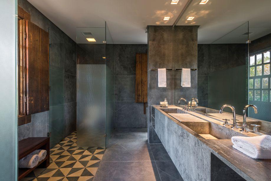 Ângela Roldão: Banheiros, Regional – Sudeste, categoria residencial.