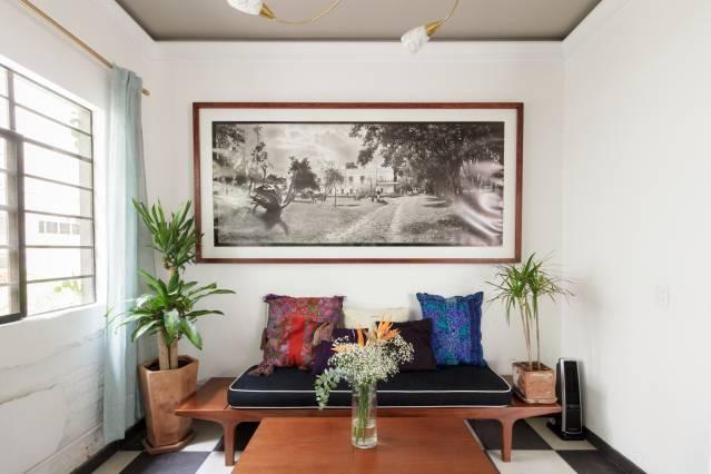 Viaje no tempo com estilo e conforto.Mergulhe neste aparthotel artístico bem localizado e decorado com incríveis fotografias, esculturas, pinturas e peças em vidro.https://www.airbnb.mx/rooms/plus/18928242?adults=1&guests=1&location=Mexico%20City%2C%20Mexico&s=p6AbLiXP