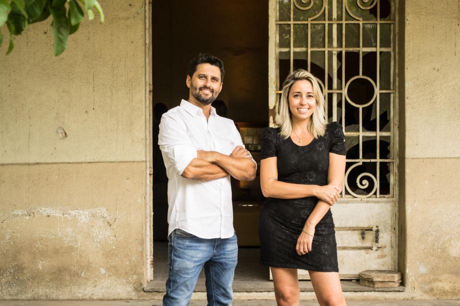 Luciano Mota e Karina Capaverde
