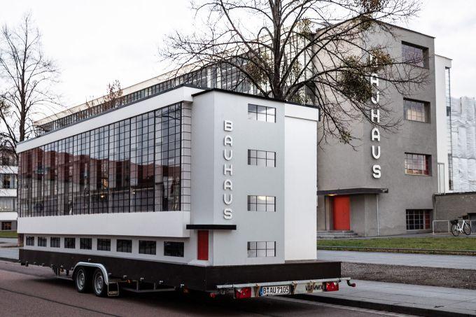 tinyhouse-bauhaus-dessau-design-school-dessau_dezeen_sq