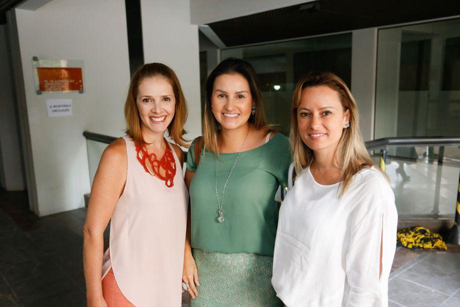 Alessandra Gandolfi, Samara Barbosa e Viviane Busch