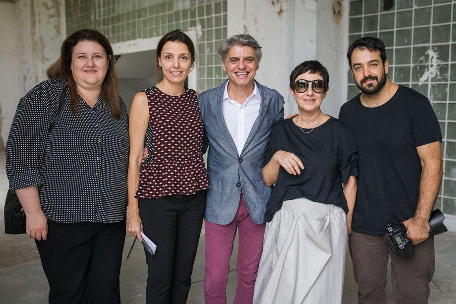 Fátima Barnabé, Cris Bava, Alex Stevens, Livia Pedreira e Salvador Cordaro.