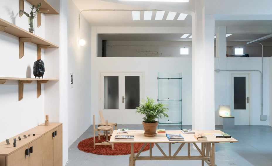 Jorge Penadés lançou a Extraperlo, uma plataforma e exposição criada no seu espaço de trabalho e de vida no bairro de Puerta del Ángel.