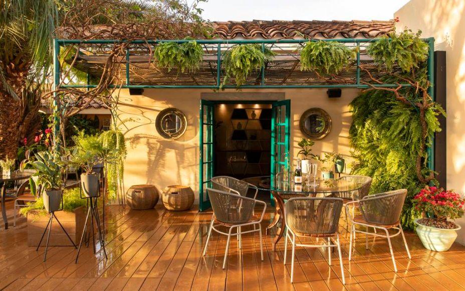 Mônica Costa e Ângela Dorascenzi - Restaurante Toscana Arauco. CASACOR Ribeirão Preto 2018.
