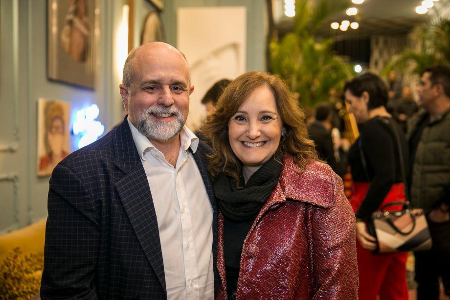 Mauricio Siqueira e Adriana Fontana