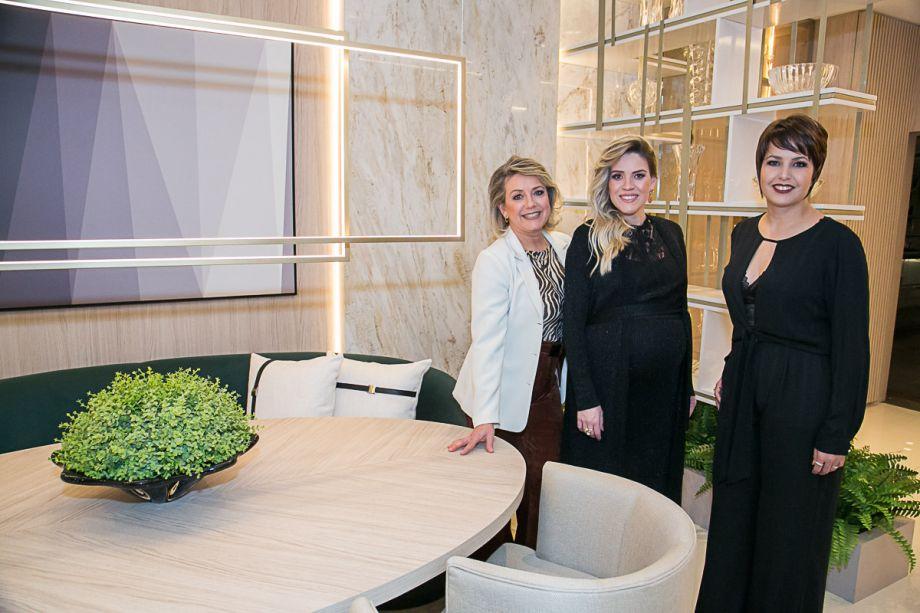 Marilis Marques, Juliana Marques e Roberta Lanza