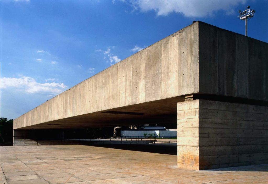 mube paulo mendes da rocha brutalismo brasil sao paulo museu arquitetura