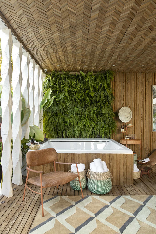 spa urbano sarita avila interiores jardim vertical