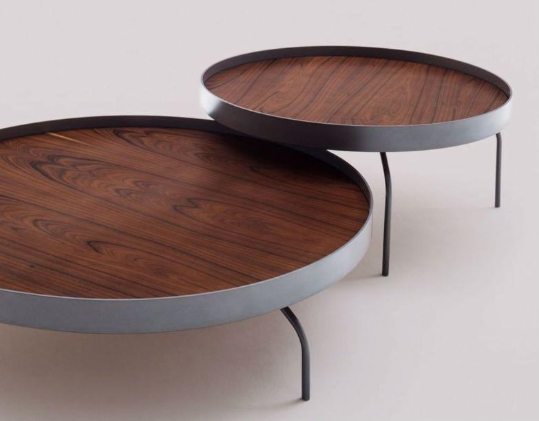 O Estúdio Bola, dos arquitetos Flavio Borsato e Mauricio Lamosa, sempre se destaca pela simplicidade formal e elegância de suas criações.