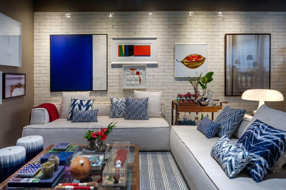 Tiana Meggiolaro e Bia Mayrinck - Home Bazaar. A loja foi ambientada como uma sala de estar, apresentando os objetos como em uma casa de verdade. Por isso, o mobiliário é versátil e a base de cores, neutra. A cada semana, o espaço traz um décor diferente. Inspiração não falta, nos vários jeitos de morar do carioca - clássico, despojado, urbano, com cara de serra ou de praia.