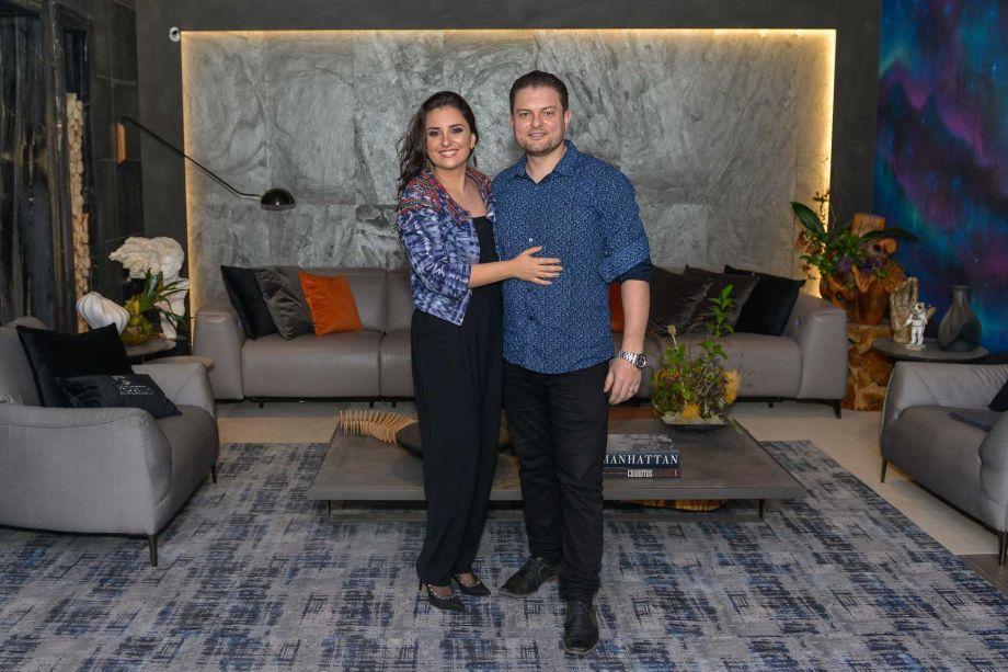 Graziella Oliveira e Allan Chierighini assinam a Peixaria Gourmet e Aurora Blue.