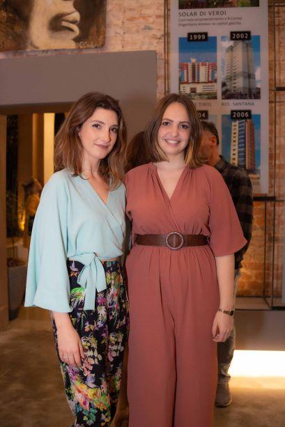 Gabriella Badaraco e Jéssica Müller.