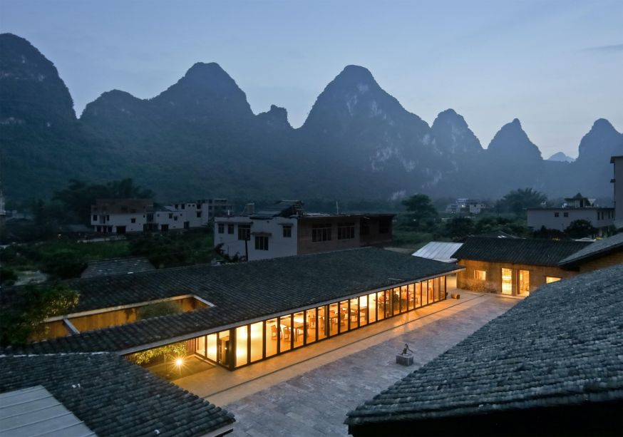 O XY Yunlu Hotel do Atelier Liu Yuyang foi eleito como Prédio Hospitaleiro do Ano.