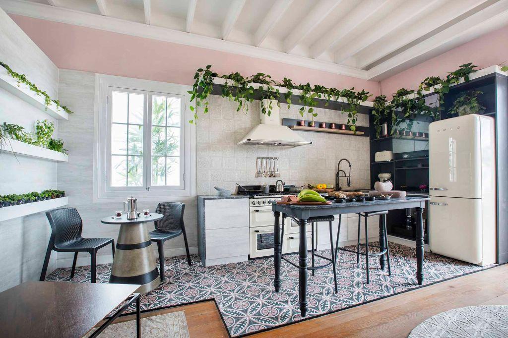cozinha vintage retrô decoração cozinhas rosa rosé jardim