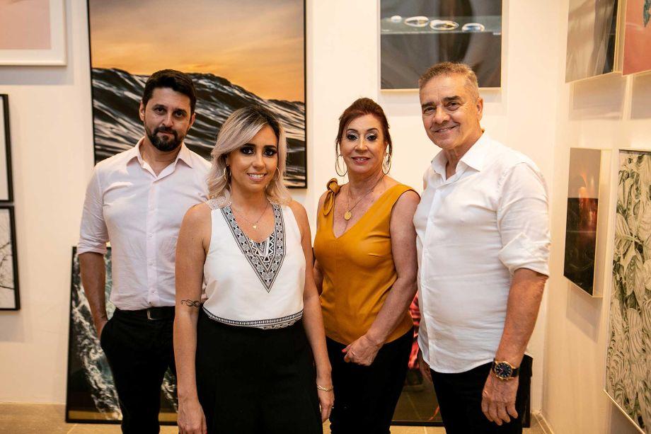 Luciano Mota, Karina Capaverde, Vera Capaverde, Valdecir Tadeu dos Santos.