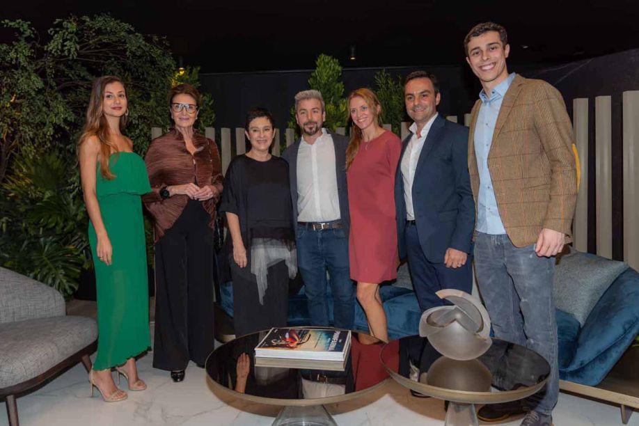 Andrea Marin, Cristina Ferraz, Livia Pedreira, Paolo Trevisan, Simona Trevisan, Lucio Grimaldi e Gilberto Baroni.