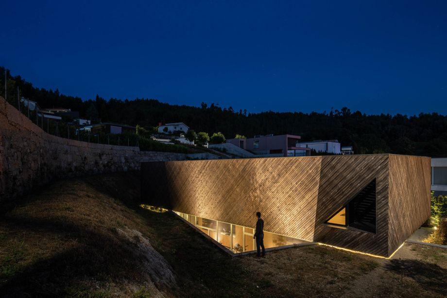 A House, do atelier de arquitetura REM'A Arquitetos, vencedora da categoria Melhor Uso de Produtos.