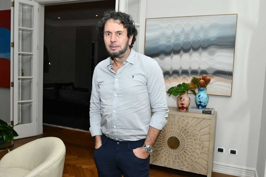 João Armentano.