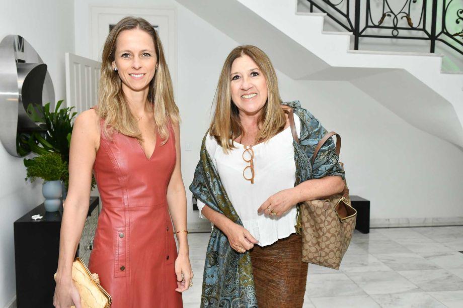 Patricia Martinez e Carmem Alvim.