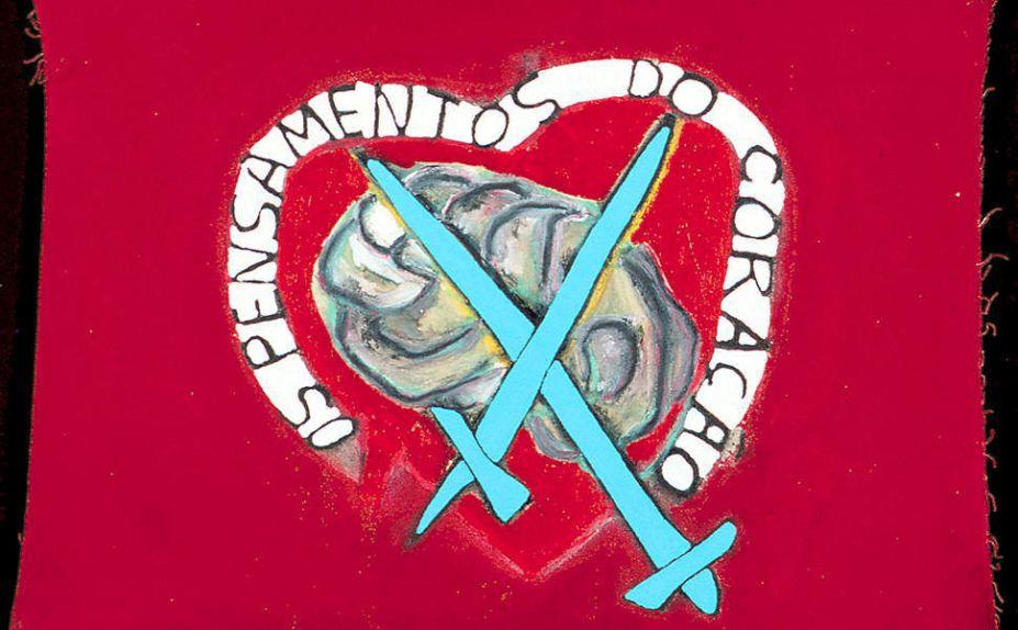 Leonilson - Pensamentos do Coração, 1988. Em quase todas as obras do artista há uma explosão de sentimentos. A forte carga autobiográfica e busca por representar as angústias do humano moderno sempre foi uma das principais abordagens das obras de Leonilson- artista seminal das artes no Brasil.