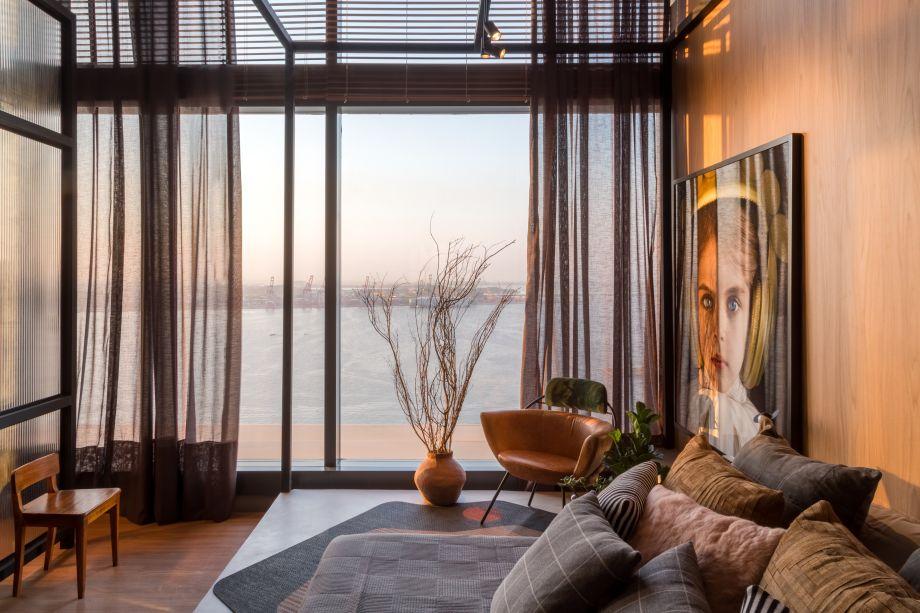 CASACOR Rio de Janeiro 2017. Loft (U) - a atmosfera industrial do loft traduz também o conceito do espaço: um ambiente sem gênero ou sexo, para um casal U (Undefined).