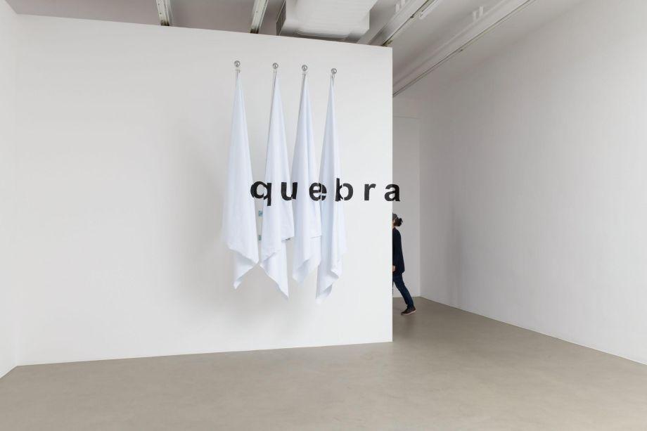 Renata Lucas, Quebra (2020) - Galeria Luisa Strina.