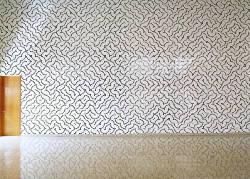 Na imagem, o painel de azulejos de 1998 presente no Instituto Rio Branco, em Brasília.