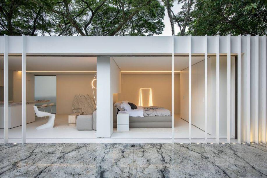 "CASACOR São Paulo 2019 - Casa Contêiner Cosentino <span>Marilia Pellegrini</span><div id=""gtx-trans"" style=""position:absolute;left:-33px;top:38px;""><div class=""gtx-trans-icon""></div></div>"