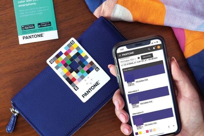 pantone-ColorMatchCard-App