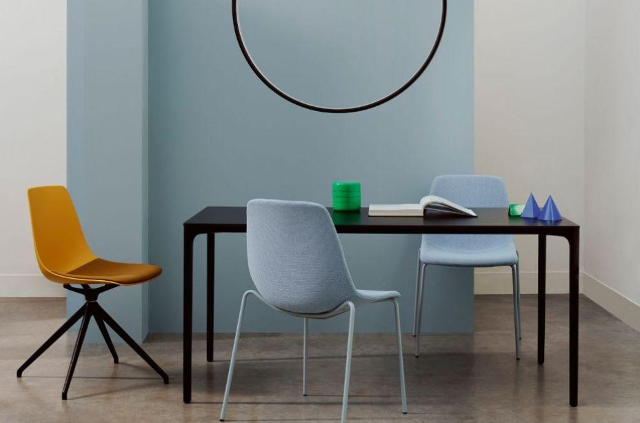 Considerando que os cafés são, muitas vezes, um local de trabalho a Boss Design e o designer Wolfgang C. R. Mezger criaram, para a marca Bisley France, a Ola, uma cadeira versátil, confortável e elegante tanto para um café quanto para um escritório.