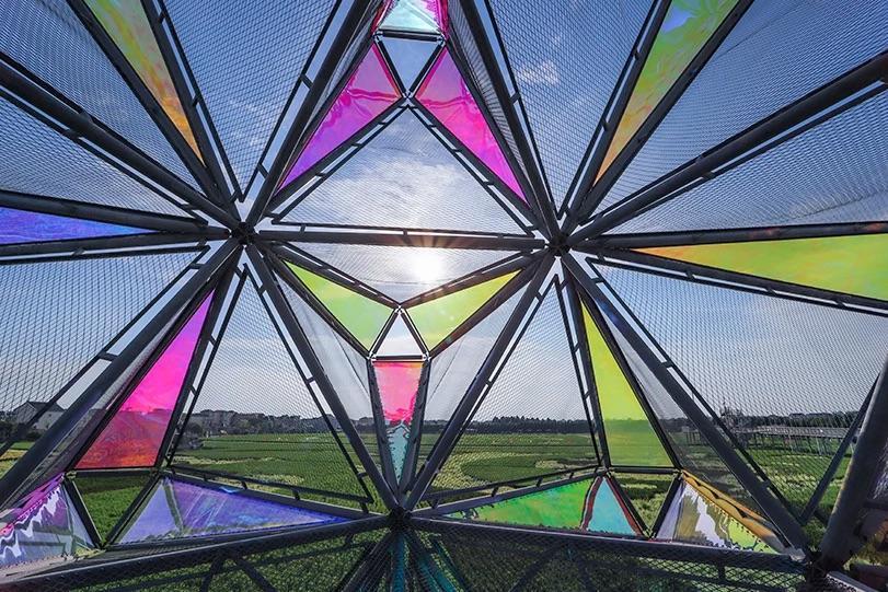 Visão de dentro da estrutura Pop Star em Shangai, China.