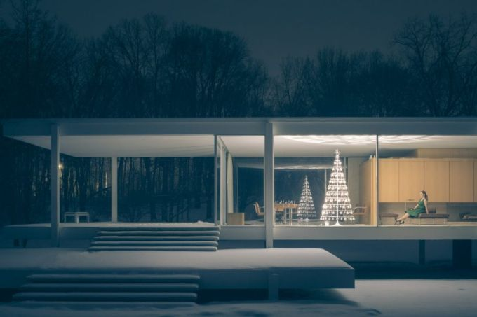 Farnsworth-House-Plano-Illinois-Christmas-Tree-1024×576
