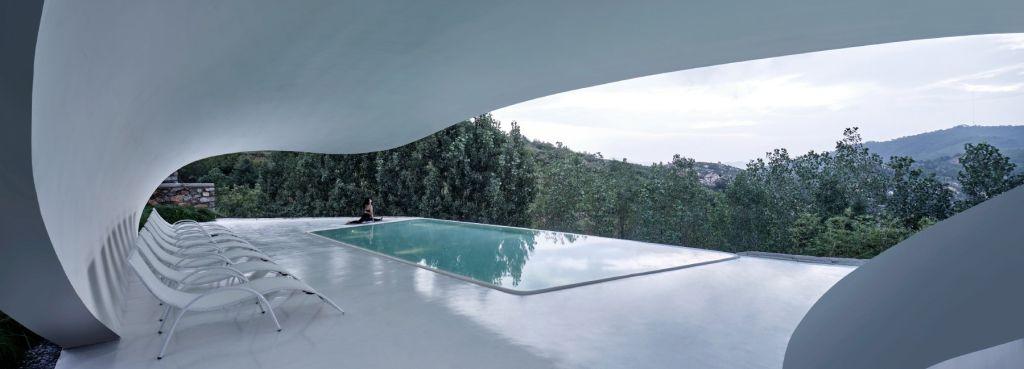 visão ampla da piscina bolha do grand-line + studio na China